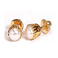 22 K Gold  Earring with Pearls from Anjali  to India