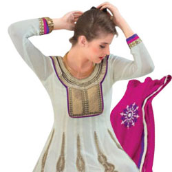 Exceptional Beauty with White Georgette Top Salwar from Rivaa to Athani