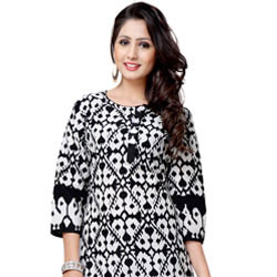 Black Colored Cotton Printed Kurti to Aleppy