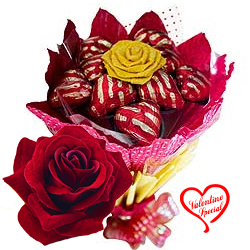 Delicious 12 Pcs Heart Shaped Chocolates Bouquet to Faridabad