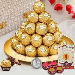 Dexterously Sequenced Ferrero Rocher Chocolates in a Golden Plated Thali to Chandigarh
