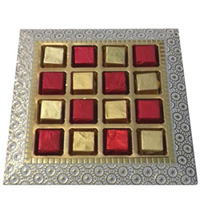 Beautiful Platter of Handmade Assorted Chocolates to Balrampur
