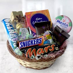Special Chocolates Gift Basket to Adoni