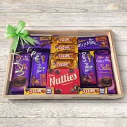 Scrumptious Cadburys Chocolate Gift Tray to Adoni