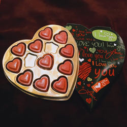 Scrumptious Heart Shape Strawberry Homemade Chocolate to Arisipalayam