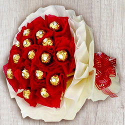 Marvellous Ferrero Rocher Chocolates Bouquet to Adoni