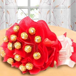 Wonderful Bouquet of Ferrero Rochher Chocolate to Adugodi