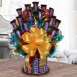 Amazing Tower Arrangement of Snickers to Agra