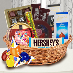 Yummy Chocolate Gift Basket to Adoor