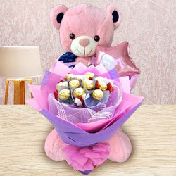 Remarkable Ferrero Rocher Bouquet, Teddy N Mylar Balloon to Aligarh