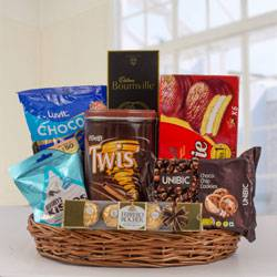 Marvelous Chocos Gift Hamper to Adoni