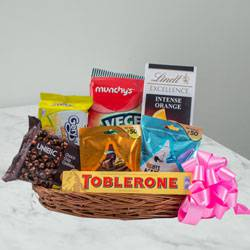 Tasty Chocolate Gift Basket to Allahabad