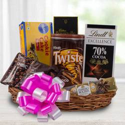 Yummy Chocolate Gift Hamper to Aizawl