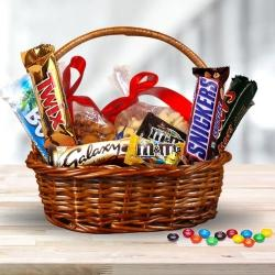 Delectable Dry Fruits n Imported Chocolates Gift Hamper to Agra