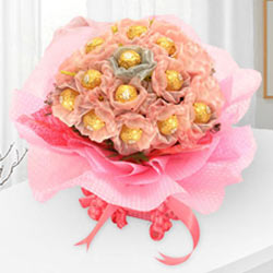 Enchanting Delicacies Ferrero Roacher Chocolate Bouquet to Bhopal