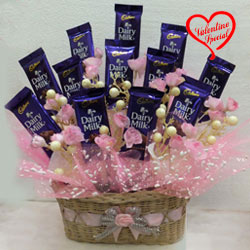 Adorable Chocolaty Love Chocolate Hamper to Cochin