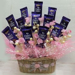 Adorable Chocolaty Love Chocolate Hamper to Agra