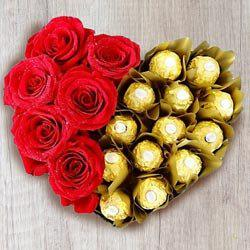 Wonderful Heart Shaped Arrangement of Ferrero Rocher with Roses to Alapuzha