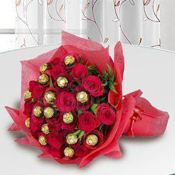 Exclusive Bouquet of Ferrero Rocher Chocolate with Roses to Allahabad