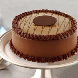 Fresh Chocolate Flavor Eggless Cake to New Delhi