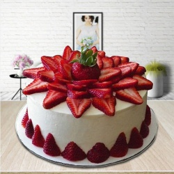 Lump-of-Love 2 Kg Strawberry Cake to Bolpur