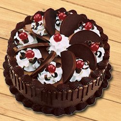Delisious Chocolate Cake to Surat