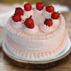 Hankering�s Bliss 1 Lb Strawberry Cake from 3/4 Star Bakery to Surat