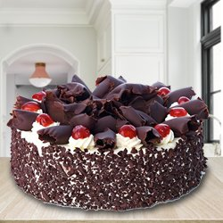 Pleasurable 2.2 Lbs Black Forest Cake from 3/4 Star Bakery to Ahmedabad