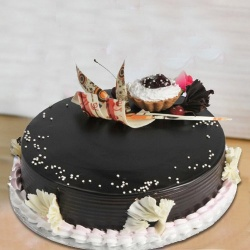 Award-Winning 2 Kg Truffle Cake from 3/4 Star Bakery to Bolpur