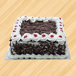 Delicious 1/2 kg Black Forest Cake to New Delhi