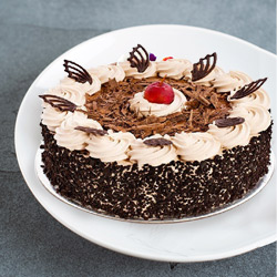 Irresistible Black Forest Cake to Bareilly