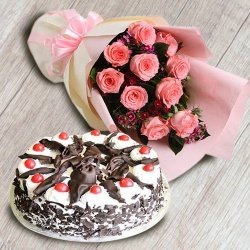 Combo of 1/2 kg Black Forest Cake with 10 Pink Roses Bouquet to Alapuzha
