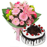 Delectable Combination of Black Forest Cake with Mixed Flowers Bouquet to Bhopal