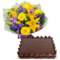 Scrumptious Mixed Flowers Bunch with Chocolate Cake to Bombay