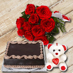 Blissful Chocolate Cake with Red Roses Bunch and a Small Teddy to Patna