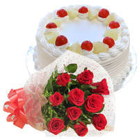 Blissful Combo of Pineapple Flavor Cake with Red Roses Bunch to Ahmadnagar