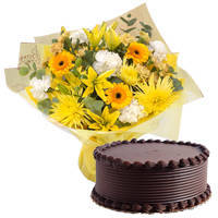 Sumptuous Eggless Choco Cake with Mixed Flowers Bouquet to Ambala