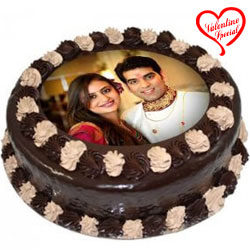Toothsome Lovers Choice Chocolate Photo Cake to Bolpur