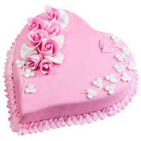 Lip-Smacking Heart-Shaped Strawberry Cake to Bhubaneswar