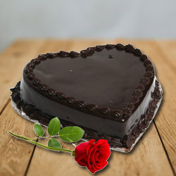 Capturing Heart-Chocolate Cake  n  Red Rose to Chengalpattu