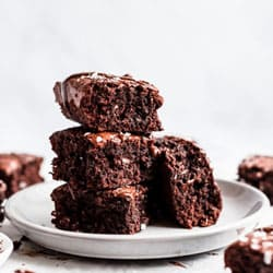 Delectable Brownies to Ahmadnagar
