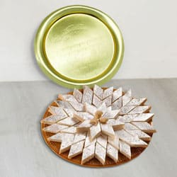 1/2 Kg (Gross Weight) Kaju Katli from Haldiram with Golden Plated Thali to Thiruvananthapuram