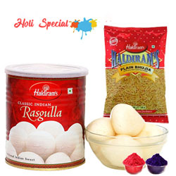 Haldiram Rasgulla with Bhujia from Haldiram to Baghalkot