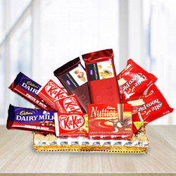 Irresistible Bountiful Celebration Chocolates Gift Set to Mohali