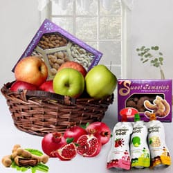 Nutritious Fruits and Crispy Dry Fruits Mixed Hamper to Cochin