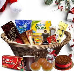 Fascinating Christmas Hamper with Best Wishes to Gurgaon