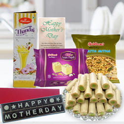 Superb and Impressive Combination Gift Hamper to Agra