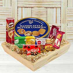 Enticing Snacks Tray to India