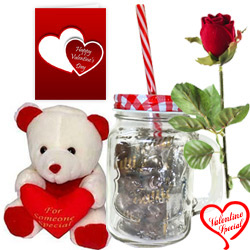 Pious Romance Valentine Gift Combo to Bangalore