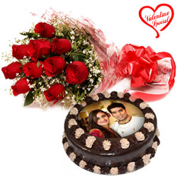 Sublime V-day Gift of Chocolate Photo Cake N Red R... to Bardez